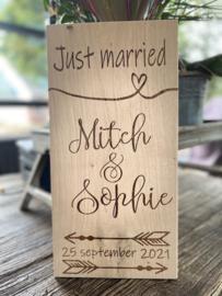 Tekstbord Just Married - te personaliseren met namen en datum