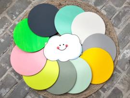 Muurcirkel met figuur en kleur naar eigen keuze