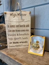 Tekstbordje mijn Meter (eikenhout) + waterwijnglas met de tekst Superblij met een Meter zoals jij