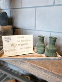 Cadeaupakket Mijn mama (speciaal) / op houten dienblad small / 2 glazen vaasjes matgroen