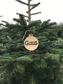 Houten kerstbal met naam (GUUS)