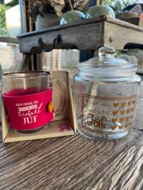 Cadeaupakket Juf; snoeppot + theeglas (UITVERKOCHT)met de tekst Een dikke 10 voor de liefste juf