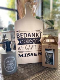 Plankje collega + zeeppompje geen gelul + giftset soap grey