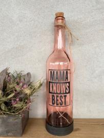 Wijnfles LED Solar met verlichting en de tekst MAMA KNOWS BEST rood-roze