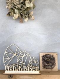 Paasdecoratie 3 x paasei + tekst Vrolijk Pasen