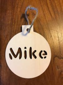Houten kerstbal met naam (Mike)
