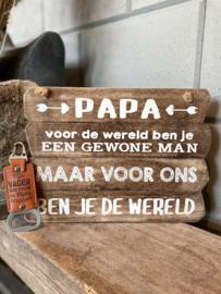 Cadeaupakket papa - vader / Tekstbordje 20x28 cm papa de wereld + Bieropener Mijn vader