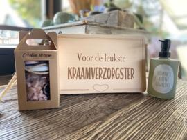 Plankje kraamverzorgster + zeeppompje bedankt je bent geweldig + giftset soap Croatian blossom