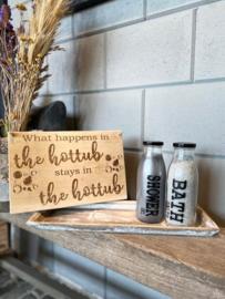 Decoratie-set houten dienblad (smal) / glazen fles met badzout en showergel / tekstbordje HOTTUB