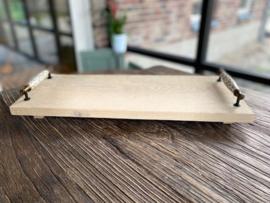 Hapjesplank met brocante porseleinen handvaten