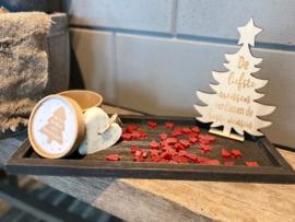 Kerstpakket dienblad zwart / assortiment rode kerstzeepjes (geur) / houten kerstboompje met tekst / Zeepje in doosje met opdruk MERRY CHRISTMAS AND A HAPPY NEW YEAR