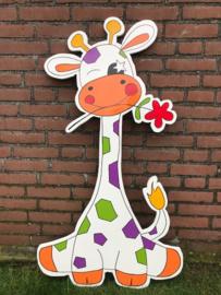 Giraf met vrolijke kleuren en een bloem (oranje)