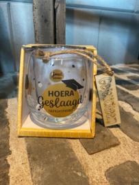 Water wijn glas Hoera geslaagd Gefeliciteerd