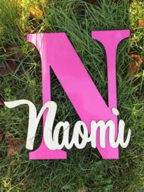 Letter en naam in hout klein