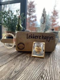Serveerplank; Lekkere hapjes - Waterwijnglas Mama...