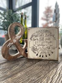 Tekstbordje 25 jaar getrouwd / Houten & teken Mr & Mrs