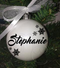"""Kerstbal """"naam """" sneeuwvlokjes"""