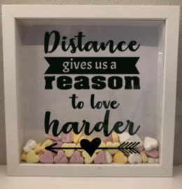 "3d foto lijstje "" distance gives us a reason to love harder"""