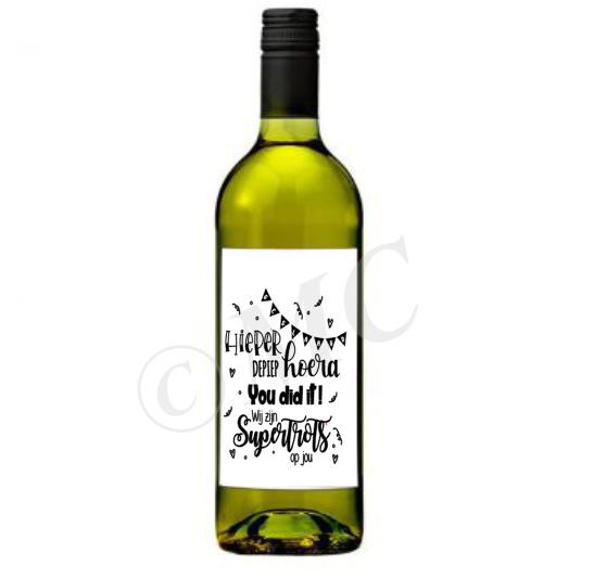 Wijnfles etiket: Geslaagd