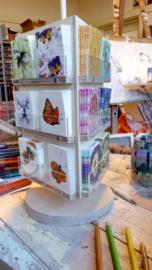 Kaartenmolentje, incl kaartjes, voor op de toonbank geschikt voor 18 soorten kleine cadeau/bloemenkaartjes