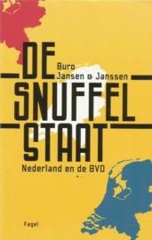 buro jansen en jansen - de snuffelstaat bk021