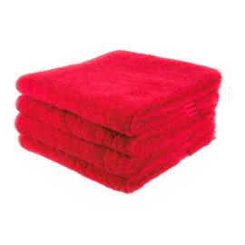 Rood badlaken van 70 bij 140 cm