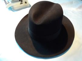 Antieke Italiaanse hoed, genaamd Borsalino