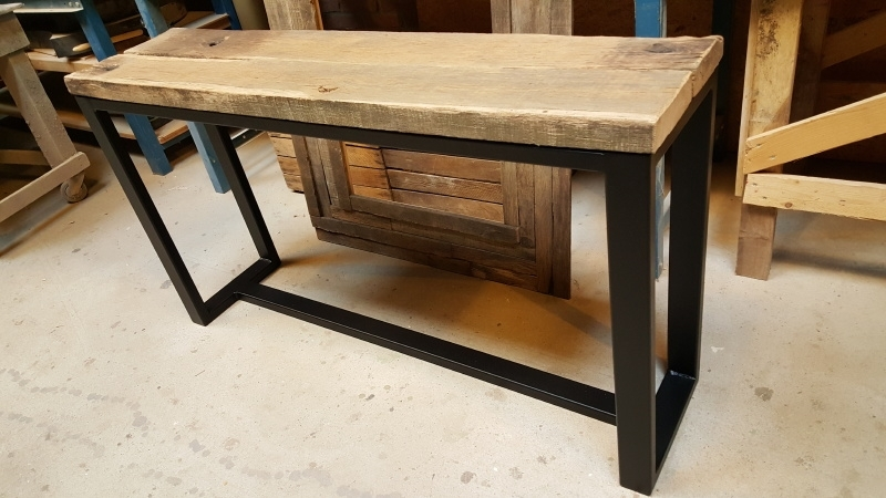 Side Table Eiken.Sidetable 135x30x75cm Eiken Wagondelen Wagonplanken
