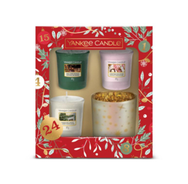 Yankee Candle Countdown To Christmas 3 Votives & 1 Holder Giftset