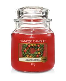 Red Apple Wreath Medium Jar