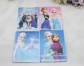 Kleur- en stickerboekje Elsa & Anna