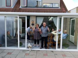 tuinkamer : wit / gelaagd glas / zijkanten dak polycarbonaat platen