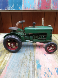 Green Metal Vintage Tractor Ornament 27 cm