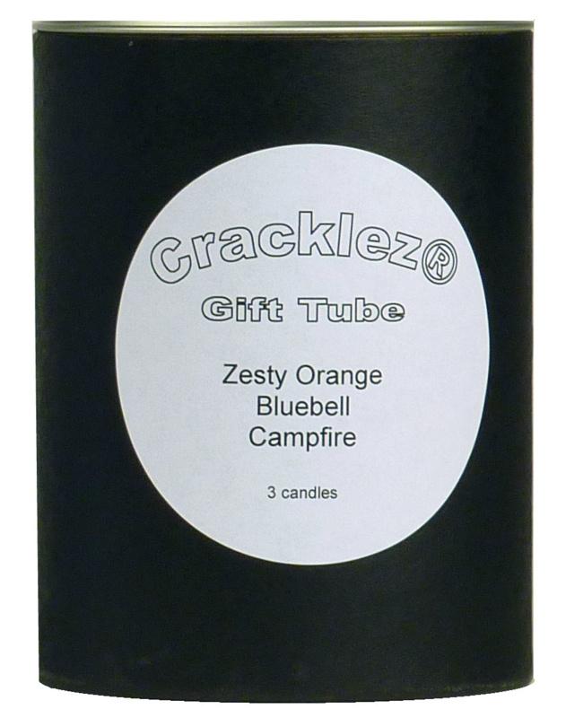 Cracklez® Geschenkset zwart met 3 knetter ongeparfumeerde houtlont kaarsen naar keuze
