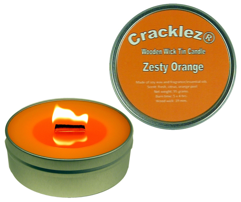 Cracklez® Knetter Houten Lont Geurkaars in blik Zesty Orange. Sinaasappel Geur. Oranje.
