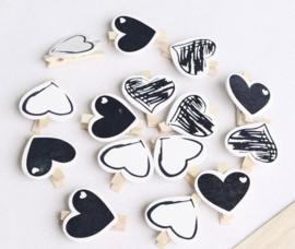 Knijpers met groot hart in zwart/wit