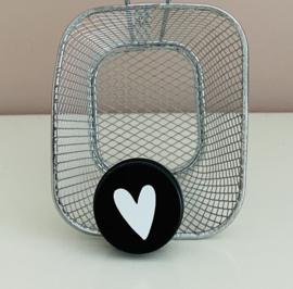 Blikje aluminium met print wit hart.