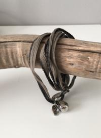 Rakhi wikkelarmbanden