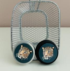 Blikje aluminium met dierenafbeelding.