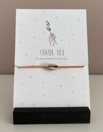 """Sieradenkaart """"Thank you.......""""en armbandje oranje met schelp"""