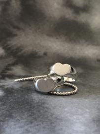 Lola ring