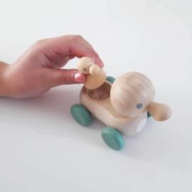 wooden mum and baby duck - nordic