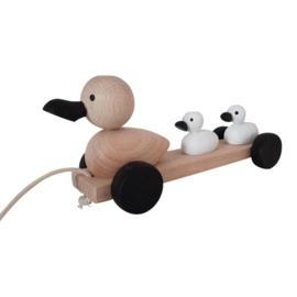 wooden pull along ducks - monochrome