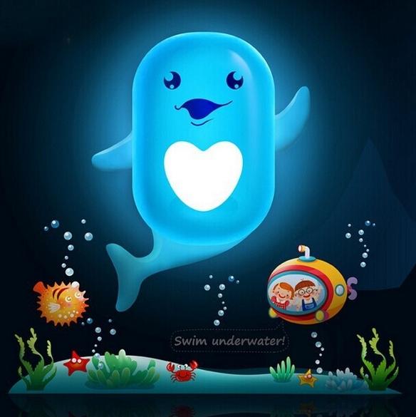 LED nachtlampje - Dolfijn met leuke muurstickers
