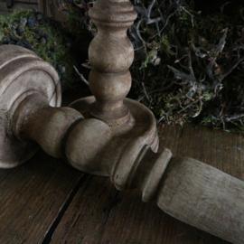 Houten kandelaar (30,5 cm hoog)