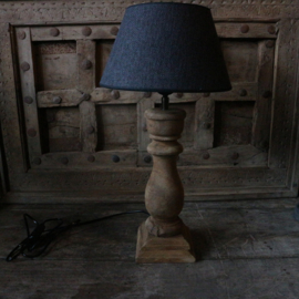 Houten balusterlamp inclusief kap  (H50 cm)