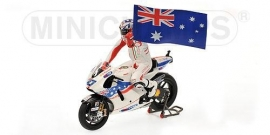 1;12<>SET - DUCATI GP9 + Fig.+ Flag    MotoGP 2009 Casey Stoner #27. mc122090127