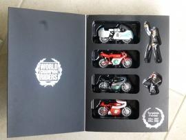 1;22<>PROTAR - 4 Bikes +2 Figurine + Book . Tarquinio Provini