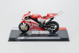 1;24<>YAMAHA YZR-M1     MotoGP 2004   Carlos Checa #7