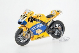 "1;12<>YAMAHA YZR-M1   MotoGP 2006 ""TEAM""  Valentino Rossi #46"